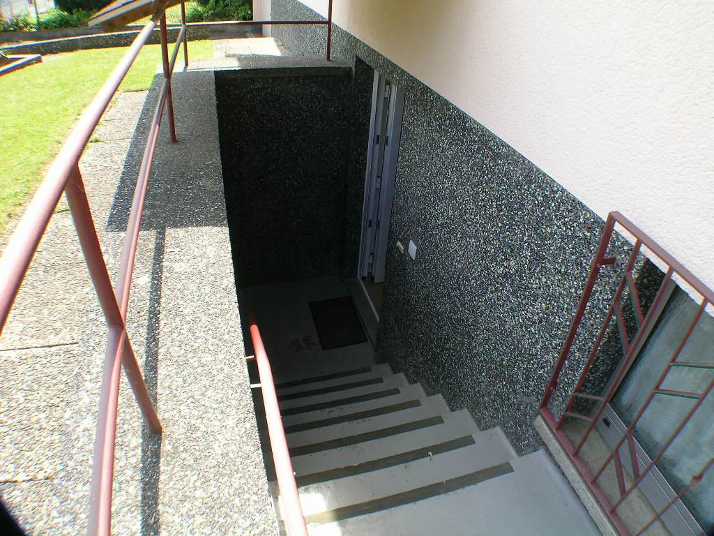 Zugang zur Souterrainwohnung